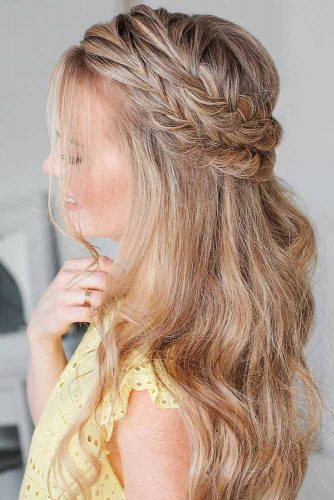 Popular Styles: Simple, Waterfall, And Fishtail Crown Half-Up #braids #half-up