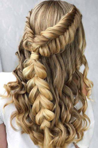Wavy Braided Half Up Half Down Hairstyles #hairstylesforlonghair #christmashairstyles #hairstyles #halfuphairstyles