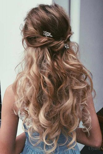 Half Up Updo for Wavy Hair picture2