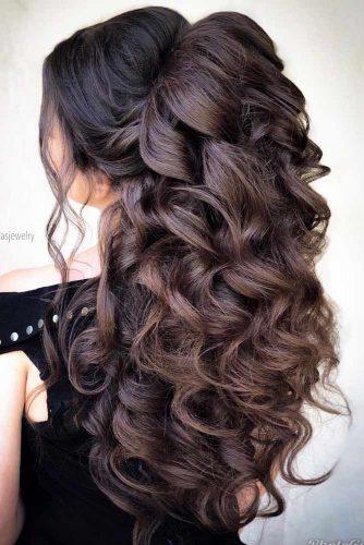 Brown Voluminous Hairstyles For Long Hair  #hairstylesforlonghair #christmashairstyles #hairstyles #halfuphairstyles