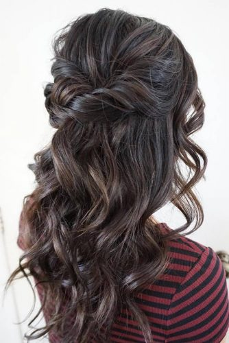 Attractive Hairstyles for Wavy Hair picture3