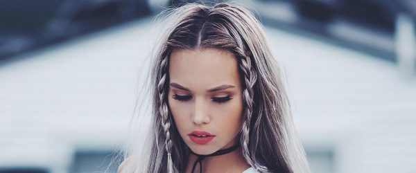 30 Cute Straight Hairstyles For Long Hair