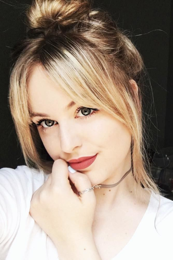 Messy Updo Styles Blonde #straighthair #straighthairstyles