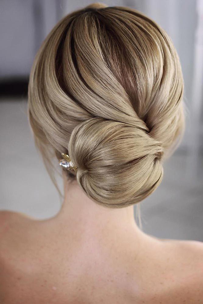 Special Hairstyles For Dark Blonde Hair Bun #darkblondehair #blondehair