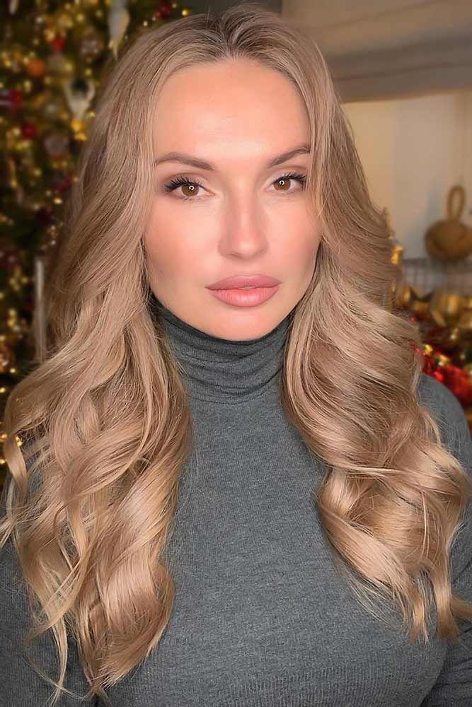 Stylish Dark Blonde Hairstyles Beige #darkblondehair #blondehair