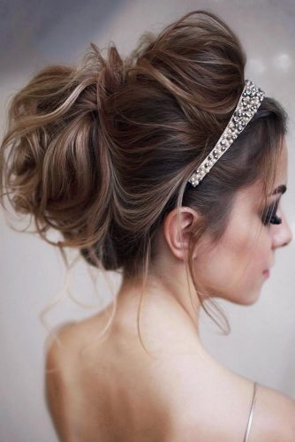 Updo Styles With Headband Messy #headband #updo