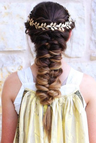 Half-Up Ideas Topsy Tail #braids #halfup #headband