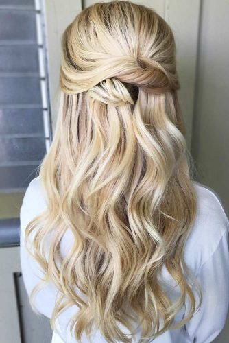 Half-Up Twisted Wavy Hairstyles #halfup