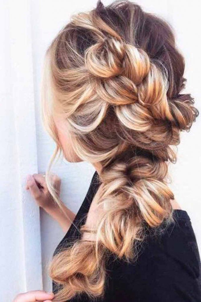 Messy Side Braid #messyhairstyles #braid