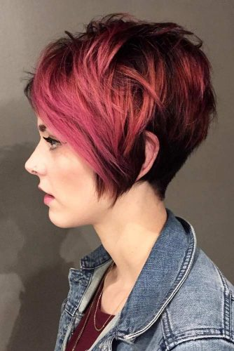 Long Layered Pixie Haircut #haircuts #ovalface #layeredhair #pixiehaircut #pinkhighlights