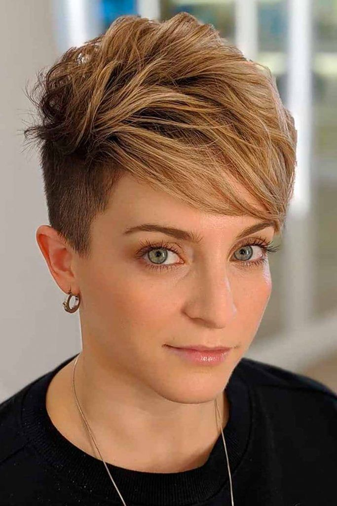Long Pixie With Undercut #womenundercur #pixiecut