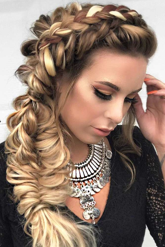 Voluminous Side Fishtail Braid #haircuts #ovalface #braids