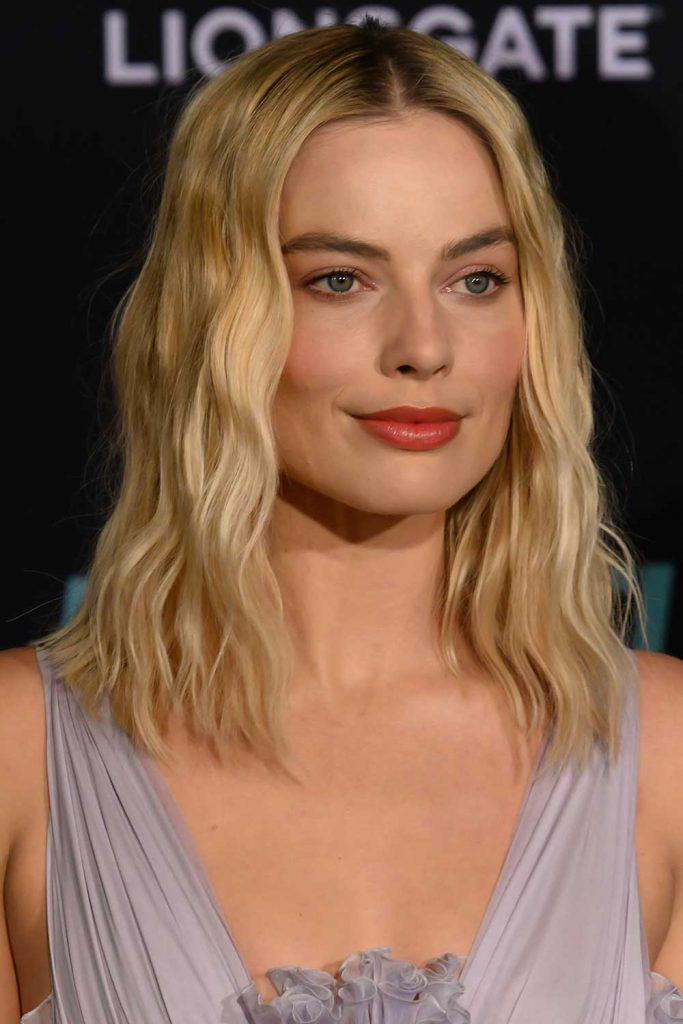 Margot Robbie #haircutsforsquarefaces