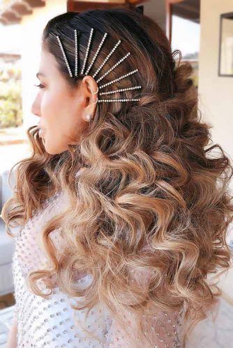 Bobby Pins Waves #holidayhair #holidayhairaccessories #accessories