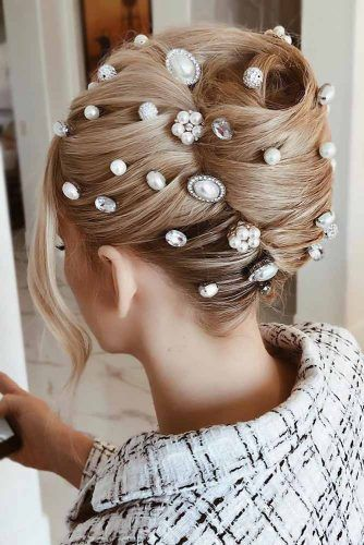 Scattered Head Pieces French Twist #holidayhair #holidayhairaccessories #accessories