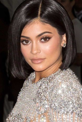Kylie Jenner Perfectly Sleek Bob
