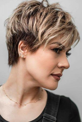 60 Amazing Short Haircuts For Women Lovehairstyles Com