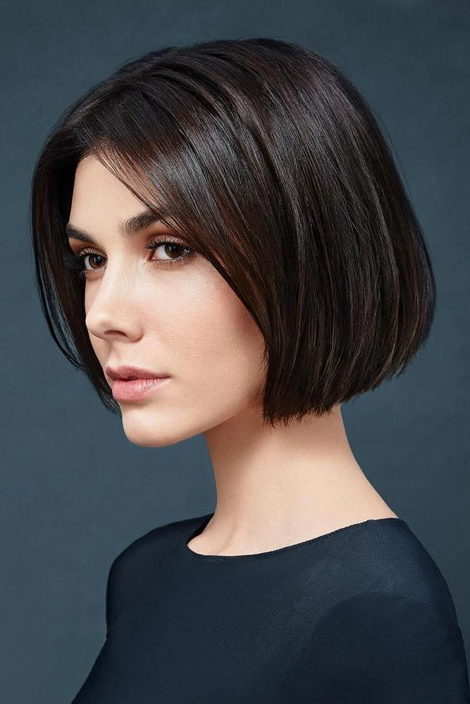 Middle Parted Blunt Bob #shorthaircuts #haircuts #bobhaircut