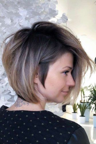 Side Swept Bob With Dark Roots #shorthaircuts #shorthairstyles #shorthair #haircuts