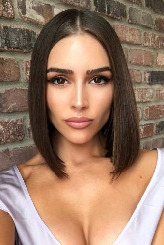 Lob Straight Hairstyles Sleek Brown Color