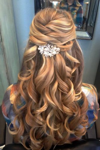 Light Brown Hair Color High/LowLights | LoveHairStyles.com