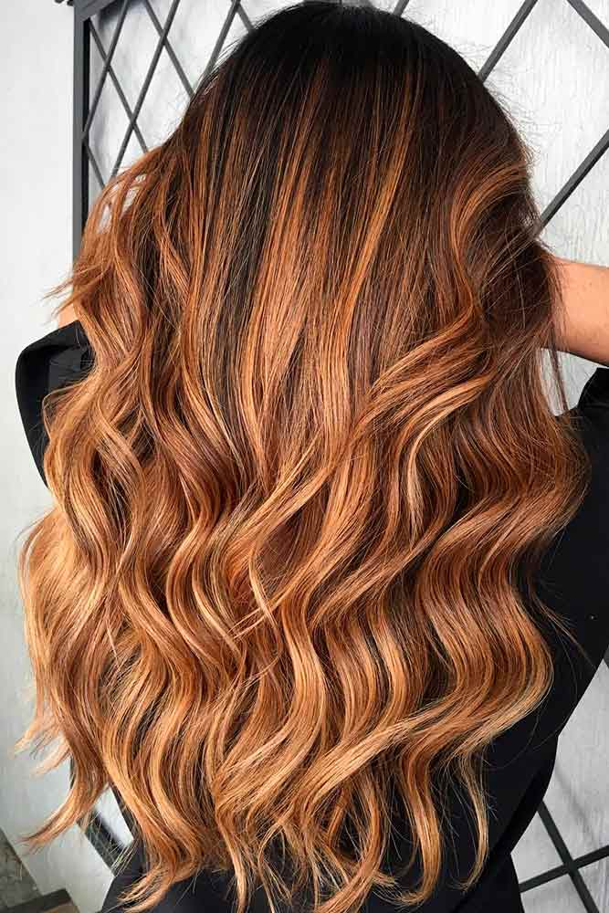 Zlatni balajaž na smeđoj kosi