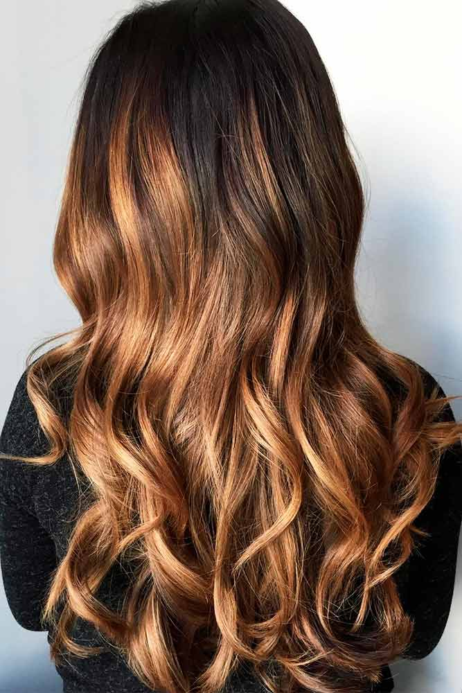 Svetlo smeđi balajaž na braon kosi