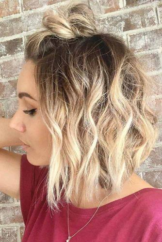 Messy Half Up Top Knot For Bob Hairstyle #topknothairstyles #hairstyles