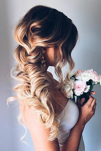 Lovely Ideas for Your Holiday Hair picture 2