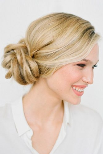 Amazing Updos Christmas Hairstyles picture 2