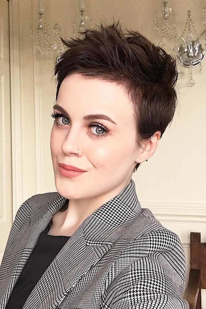 A Really Trendy Short Hairstyle #pixiecut #haircuts