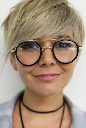 Volumizing Short Layered Pixie With Long Bangs #pixiecut #haircuts #shortpixie #blondehair