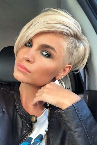 Long Straight Pixie With Side Undercut #pixiecut #haircuts #longpixie #blondehair