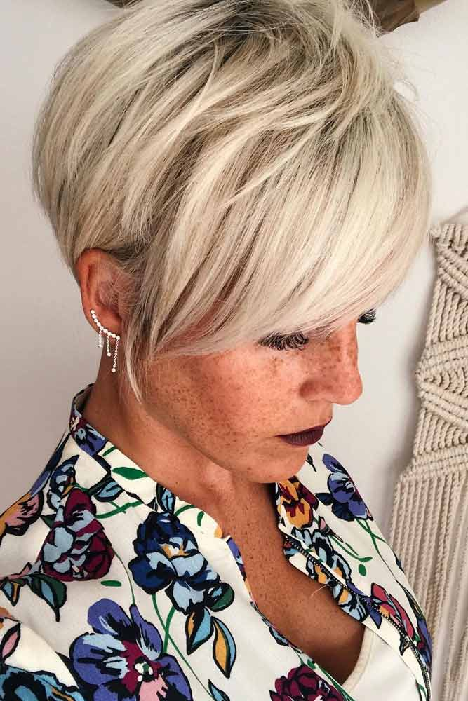 Long Pixie Bob With Side Swept Bang #pixiecut #haircuts #longpixie #blondehair