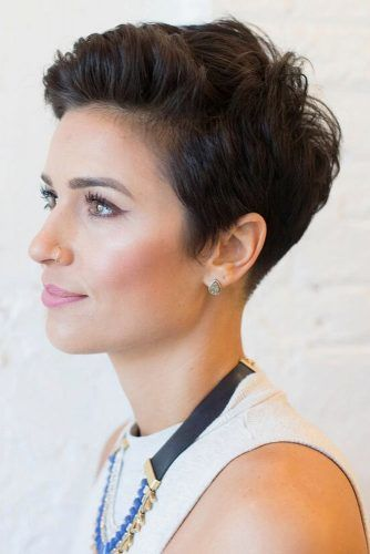 Styling Short Pixie Haircuts With Hair Products #pixiecut #haircuts