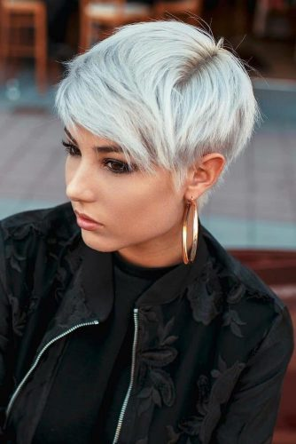 Short Textured Pixie Cut #pixiecut #haircuts #shortpixie #blondehair