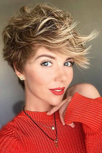 Two-Toned Pixie #pixie #pixiecut #messyhair #longpixie