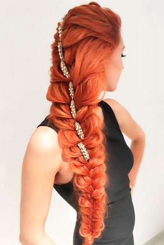 Romantic Braided Hairstyles for Holiday picture 6