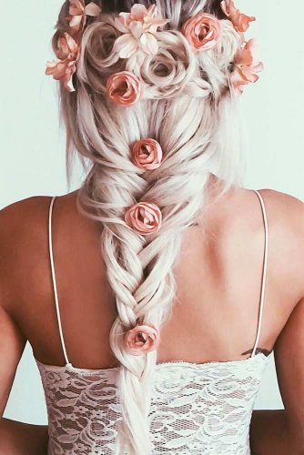 Romantic Braided Hairstyles for Holiday picture 4