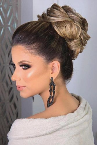 Voluminous Braided High Bun #holidayhair