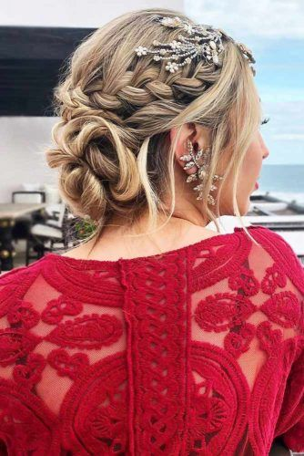 French Braid With Twisted Bun #holidayhair