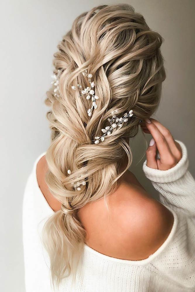 Messy Greek Style Braid With Accessories #holidayhair
