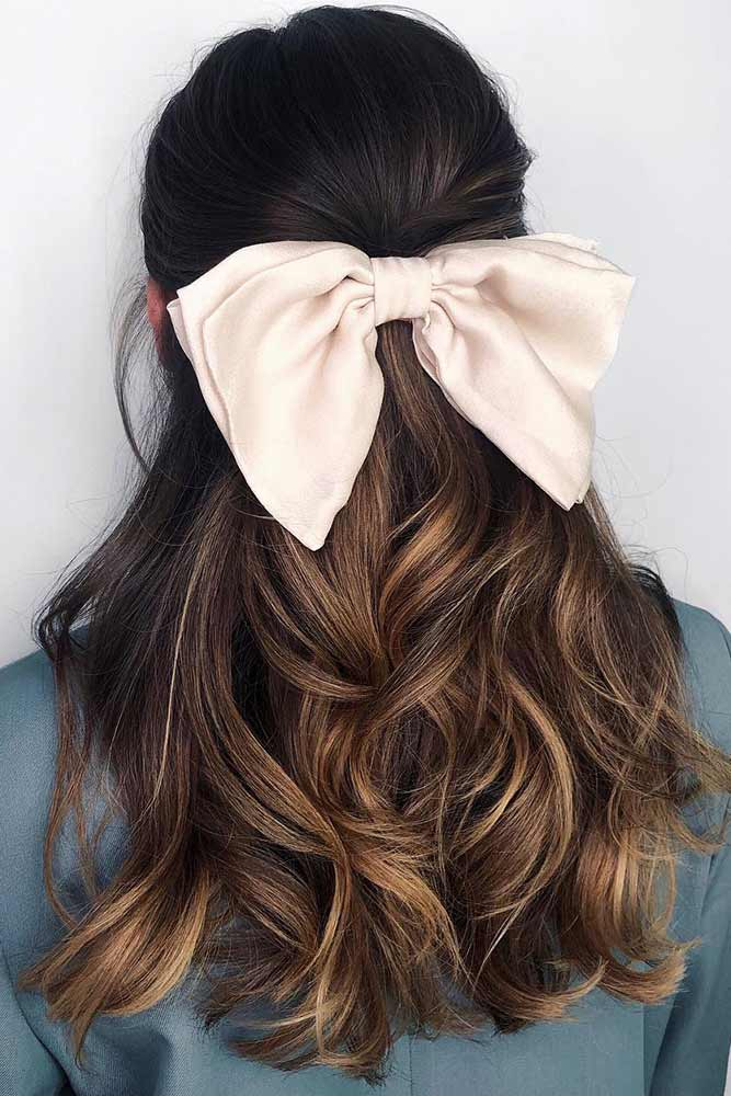 Simple Half-Up With Bow #holidayhair