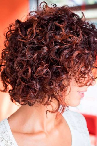 21 SASSY SHORT CURLY HAIRSTYLES TO WEAR AT ANY AGE! | CJ Warren ...
