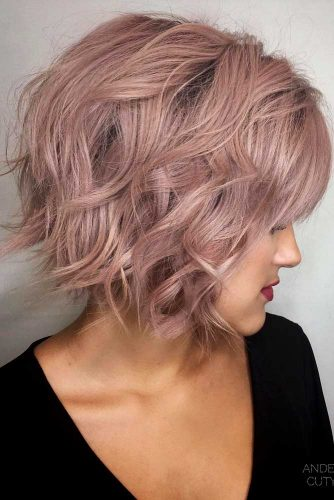 Inverted Bob For Short Wavy Hair #shortcurlyhairstyles #curlyhairstyles #shorthairstyles #hairstyles #bobhairstyles
