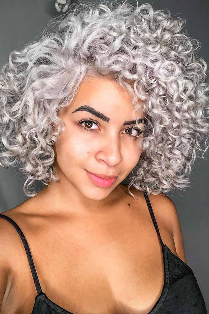Face Shape Blonde Curls #shortcurlyhairstyles #curlyhairstyles #bobhaircut #hairstyles