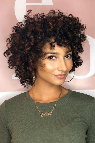 Short Curly Hairstyles With Bangs #shortcurlyhairstyles #curlyhairstyles #bobhaircut #hairstyles