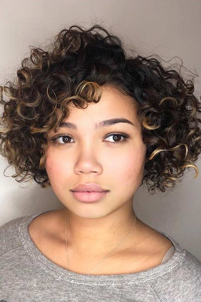 55 Beloved Short Curly Hairstyles for Women of Any Age ...