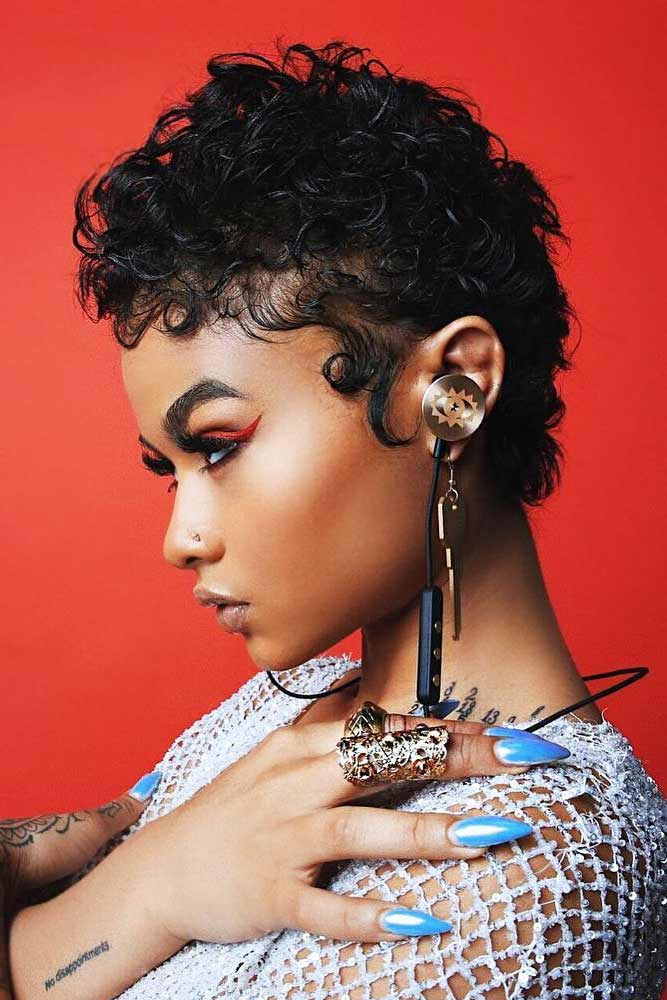 Short Curly Hairstyles For Black Women #shortcurlyhairstyles #curlyhairstyles #shorthairstyles #hairstyles #pixiehairstyles