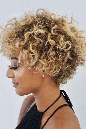 Blonde Pixie Bob #shortcurlyhairstyles #curlyhairstyles #hairstyles
